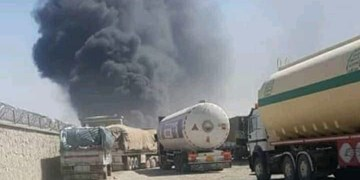 آتش سوزی در گمرک «فراه» در مرز افغانستان؛ اعزام تیمهای آتش نشانی از ایران