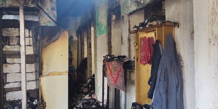 13991216000460 Test PhotoN - اطفاء آتشسوزی چند خانه با تلاش نفسگیر آتشنشانان رشتی + عکس