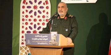 سردار سلامی: قدرت واقعی کشور ما در گرو شهادت و ایثارگری است