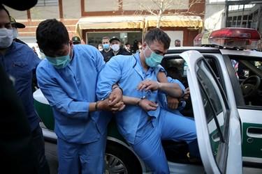 اراذل و اوباش محله فلاح در محل وقوع جرم در منطقه زمزم