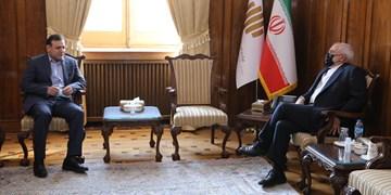 دیدار رئیس فدراسیون فوتبال با وزیر امور خارجه/ قول ظریف به عزیزیخادم