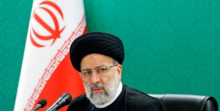 دعوت جمعی از اساتید دانشگاه های پیام نور از آیت الله رئیسی برای حضور در انتخابات