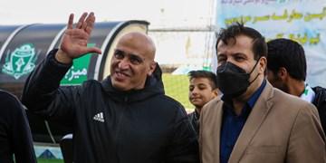 حاشیه بازی آلومینیوم و پدیده|برخورد سرد کاپیتان های اسبق استقلال در ورزشگاه امام خمینی اراک +فیلم