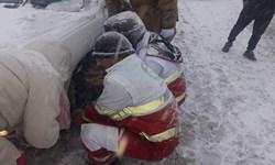 امدادرسانی هلال احمر چالوس به ۴۹۰ نفر در راهماندگان ناشی از برف و کولاک جاده کندوان