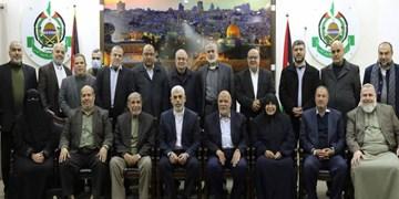 دو بانوی فلسطینی در جمع مقامات ارشد حماس قرار گرفتند