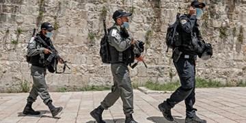 استفاده پلیس رژیم صهیونیستی از پهپاد مجهز به گاز اشکآور علیه فلسطینیان
