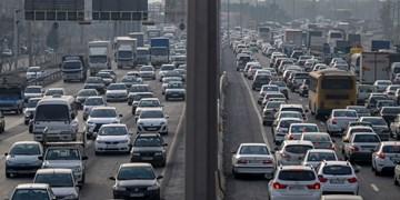 ثبت ۲۳۲هزار تردد بین کرج و تهران در یک شبانه روز/ ترافیک جادهها کمتر از یک درصد کاهش یافت