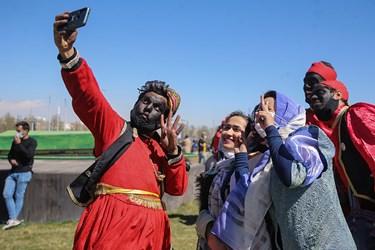 جشن تحویل سال نو در میدان آزادی