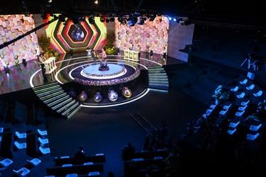 دکور مسابقه تلویزیونی «سیم آخر»