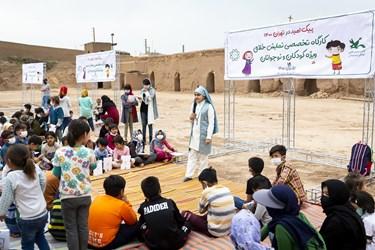 برگزاری کارگاههای فرهنگی هنری در کورههای آجرپزی فرونآباد