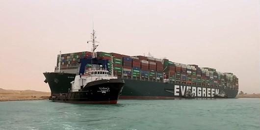 خسارت یک میلیارد دلاری در انتظار کرایه کننده و مالک کشتی به گل نشسته کانال سوئز
