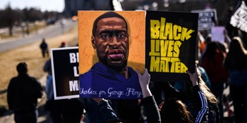 پرونده قاتل جورج فلوید همچنان در پیچ و خم دادگاه آمریکا