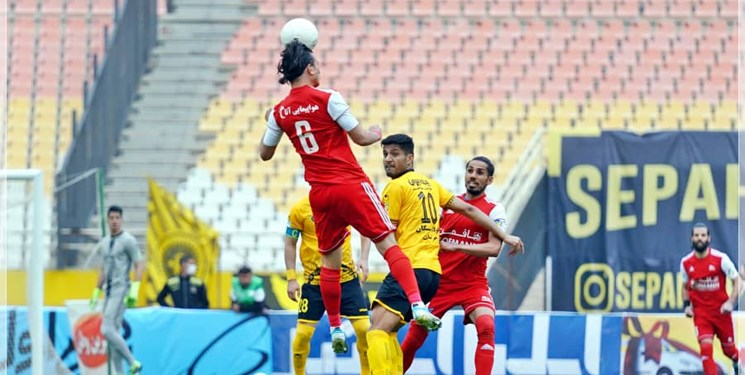 هفته بیست و یکم لیگ برتر  سپاهان به دنبال جایگاه پرسپولیس، منصوریان مقابل تیم بدون مربی