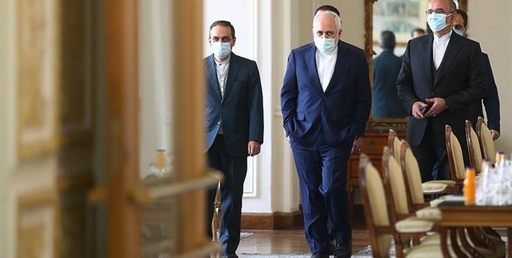 نامه بسیج ۸ دانشگاه تهران به ظریف: منافع ملی را بهپای اهداف انتخاباتی یک جریان ذبح نکنید