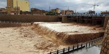 احتمال وقوع سیل و آذرخش در مناطق مختلف آذربایجانشرقی