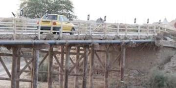 عبور استرسزا از «پل گناوه»/ اینجا به مرگ نزدیک میشوید!+عکس