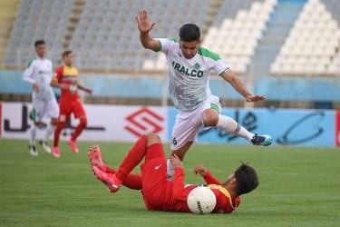 لیگ برتر فوتبال     آلومینیوم اراک 0 - 0 فولاد خوزستان