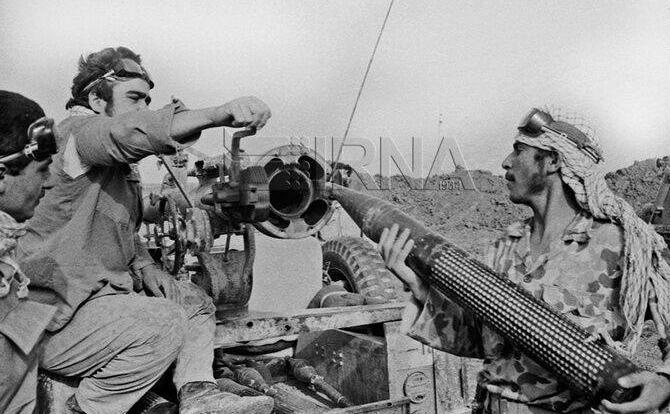 14000113000100 Test NewPhotoFree - جلسهای که منجر به بازداشت حاج همت شد/فرماندهان مخالف با «عملیات والفجر 1» سکوت کردند