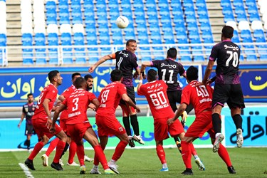 لیگ برتر فوتبال     پدیده مشهد 1 - 1 پرسپولیس تهران