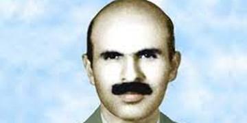 اعطای نشان فداکاری به شهید ایرج نصرتزاد