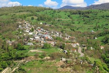 نمایی از روستای رشی در بخش رحمتآباد شهرستان رودبار گیلان
