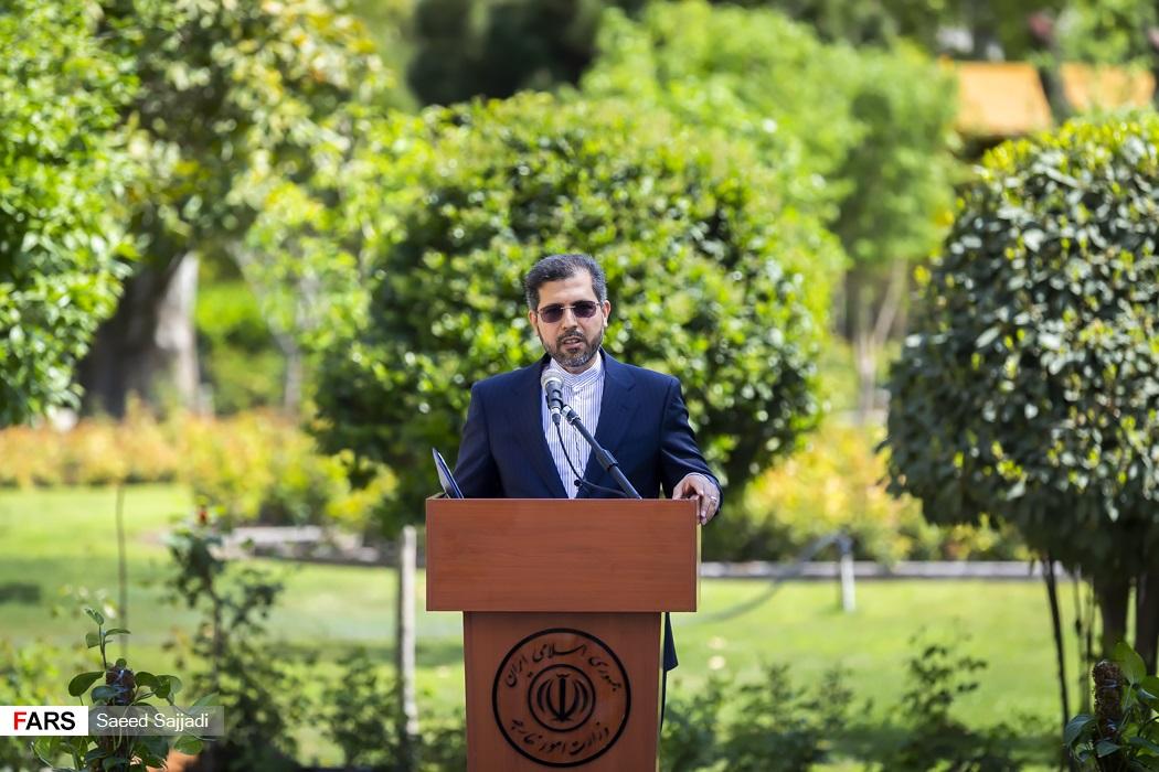 سعید خطیبزاده سخنگوی وزارت امور خارجه  در اولین نشست خبری در سال 1400
