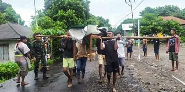 افزایش تلفات سیل در اندونزی و تیمور شرقی به بیش از ۱۵۰ نفر+عکس