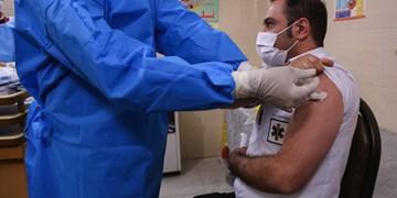 مرحله دوم واکسیناسیون کرونا ویژه کارکنان اورژانس ۱۱۵ قم