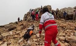 نجات 3 نفر گردشگر در کوههای مابین روستای یونسلو نقده و دربند اورمیه