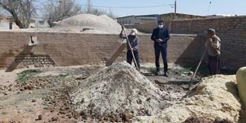 مرمت بام حمام تاریخی روستای ولاشجرد فراهان آغاز شد