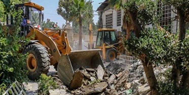 پیگیریهای ۲۰ ماهه فارس نتیجه داد؛  لودر تخریب بالاخره به باغویلاهای «عارفی» رسید