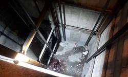 سقوط مرگبار کارگر ساختمانی ۲۵ ساله اهوازی در چاهک آسانسور