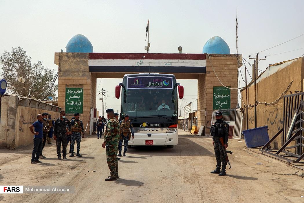 ورود اتوبوس زندانیان ایرانی به مرز شلمچه