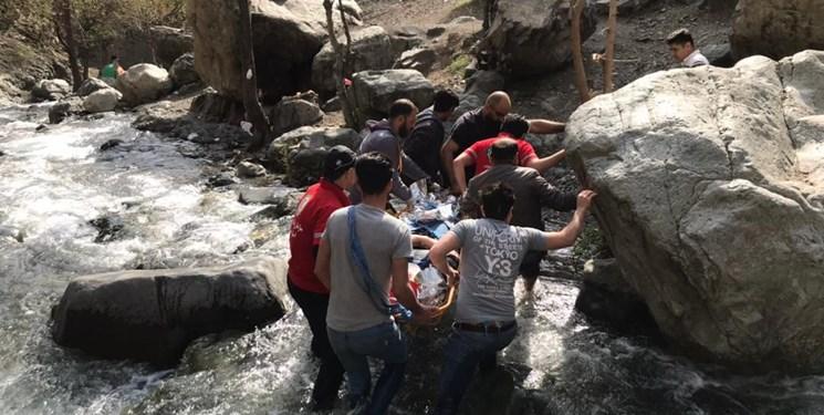 یک کشته و یک مصدوم بر اثر برخورد با سنگ در ارتفاعات دارآباد