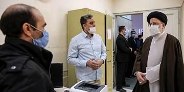 بازدید سرزده رئیس قوه قضائیه از دادگستری بهارستان