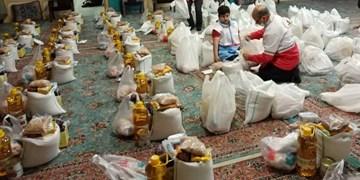 توزیع 70 سری بسته معیشتی در قالب طرح فرشتگان رحمت در یزد