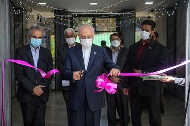 افتتاح مرکز ملی فناوری های کوانتومی ایران با حضور علی اکبر صالحی رئیس سازمان انرژی اتمی