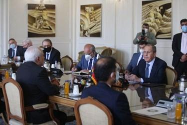 دیدار سرگئی لاوروف  وزیر امور خارجه روسیه با محمد جواد ظریف وزیر امورخارجه ایران