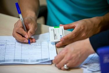 ثبت اطلاعات افراد دریافت کننده واکسن