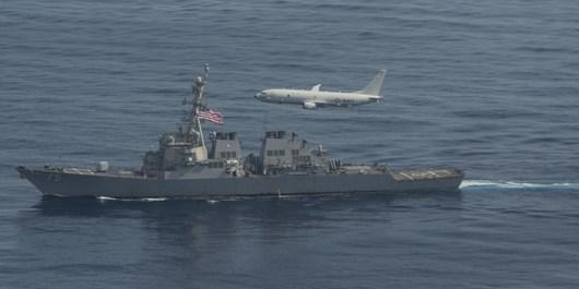 اخطار نیروی دریایی سپاه به ۷ شناور آمریکایی در تنگههرمز/ آمریکاییها از رفتار غیرحرفهای پرهیز کنند