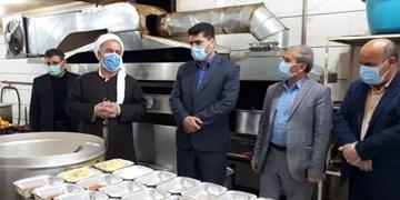 توزیع روزانه 500 پرس غذای گرم بین نیازمندان