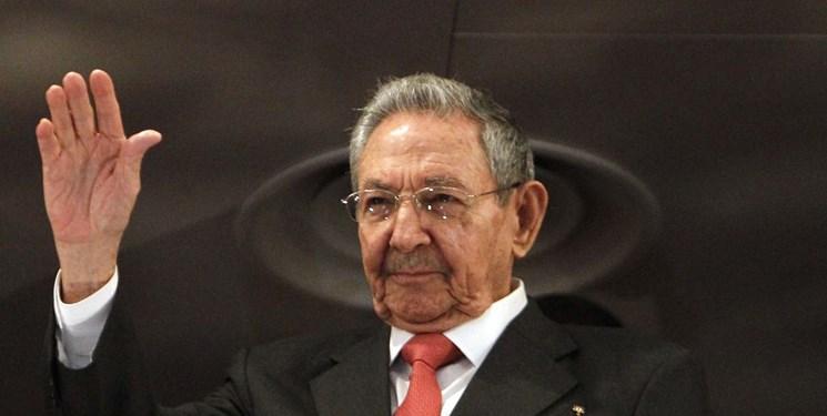 کاسترو از ریاست حزب کمونیست کوبا کناره گیری می کند