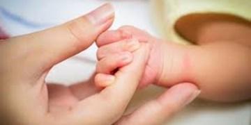 مادران باردار در ۳ ماهه اول و سوم بارداری روزه نگیرند