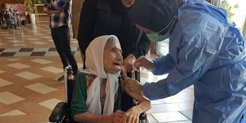 ۶۵ درصد سالمندان مراکز نگهداری واکسن کرونا دریافت کردند