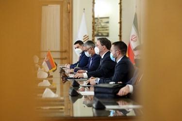 نیکلا ساکوویچ وزیر خارجه صربستان و هیات همراه
