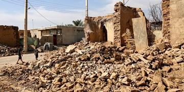حضور رئیس ستاد فرمان اجرایی امام در بندر گناوه/ نخستین محموله کمکهای اضطراری وارد مناطق زلزلهزده شد