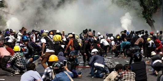پکن: از حل مشکل میانمار استقبال میکنیم