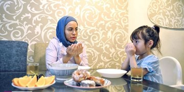 روزه «کله گنجشکی» را به رسمیت بشناسیم/ماه رمضان را تبدیل به ماه جشن  و شادی برای کودکان کنیم