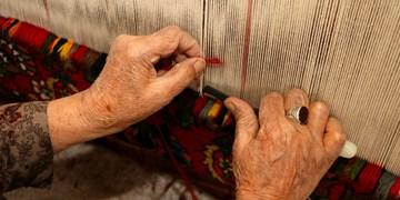 «قالیبافی»، هنر دست بانوان چالشتری