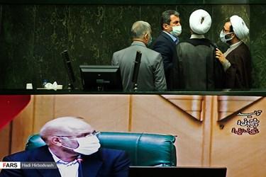 اولین جلسه علنی مجلس شورای اسلامی، یکشنبه ۱۵ فروردین ۱۴۰۰ به ریاست محمد باقر قالیباف و با حضور ۲۳۷ نماینده